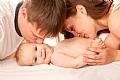 סיפור על חום ואהבה: חשיבות המגע להתפתחות תינוקות