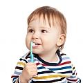 בקיעת שיניים אצל תינוקות: מתי כדאי לפנות לרופא?