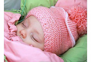 האף של התינוק סתום? כך תתמודדו עם הנזלת