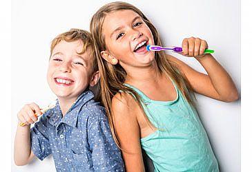 הידעת? חשוב לשמור על נקיון השיניים כבר מההתחלה